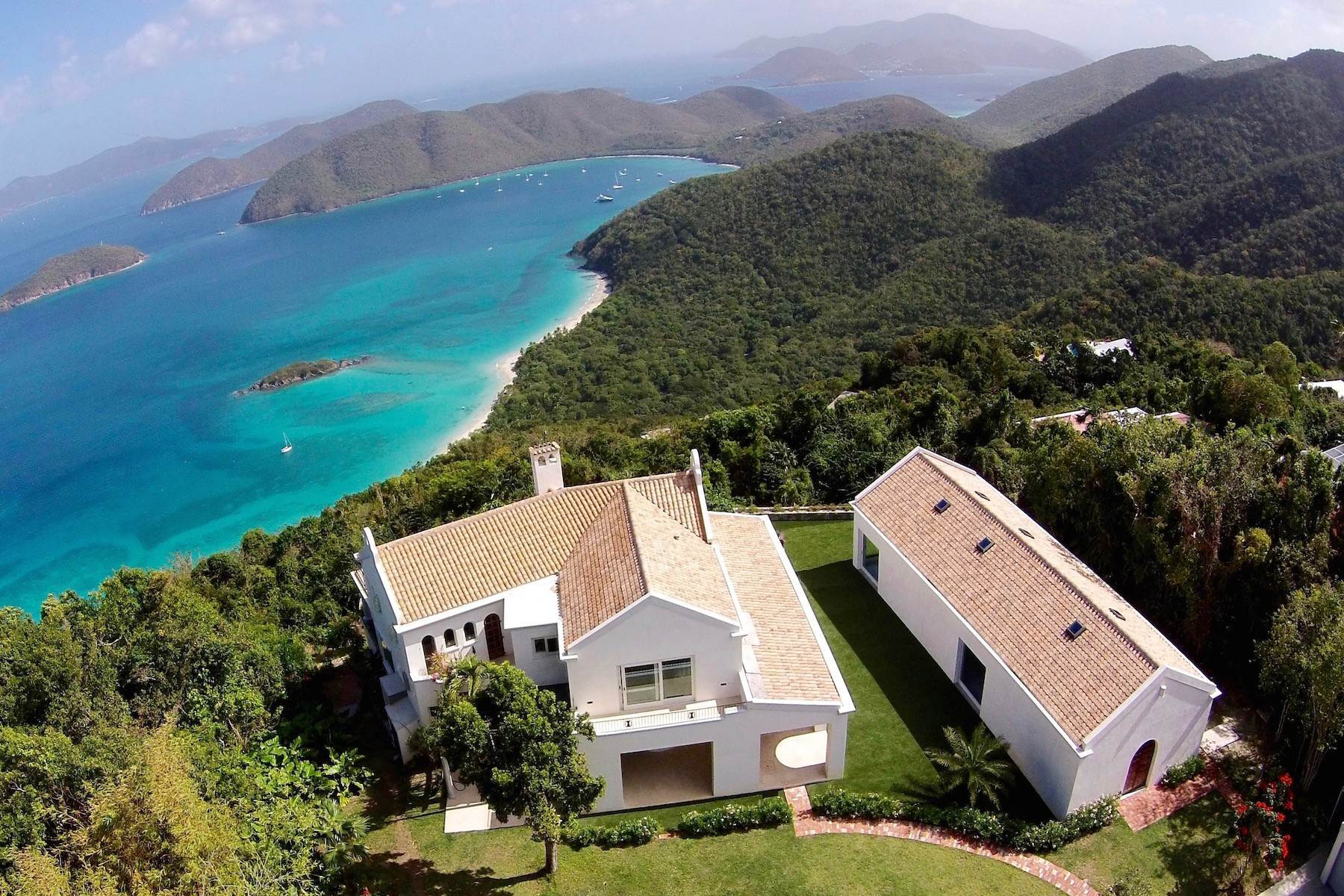 Single Family Homes pour l Vente à Le Chateau 3-1 Catherineberg St John, Virgin Islands 00830 Isles Vierges Américaines