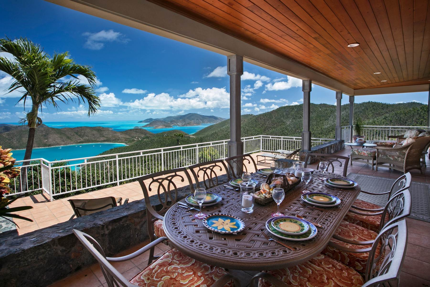 Single Family Homes pour l Vente à Island Sun 3-5 Catherineberg St John, Virgin Islands 00830 Isles Vierges Américaines